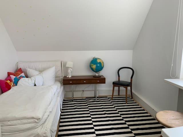 Einzelzimmer 120 x 200