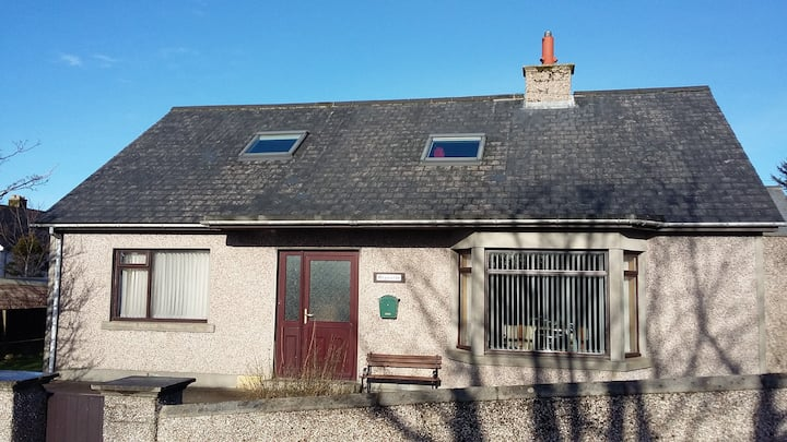 Kirkwall, Orkney. Spacious double with breakfast