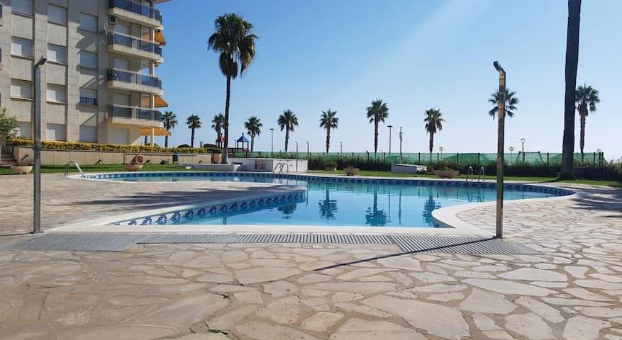 Perfecto apartamento frente al mar