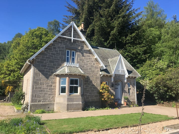 Detached House in Speyside NE Highlands on A941