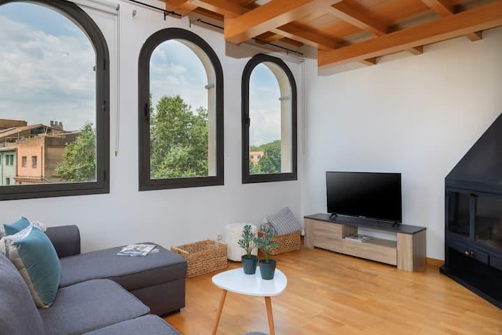 Vistas espectaculares en el corazón de Girona *G*