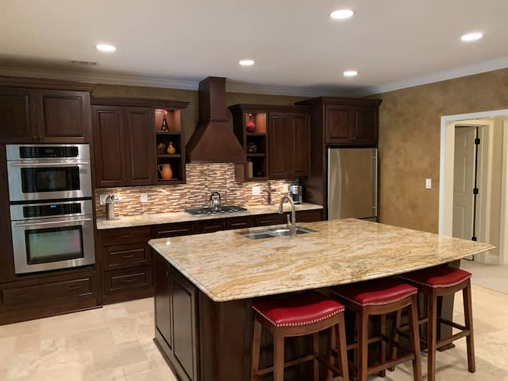 Private 1 Bedroom Apartment in Gated Community