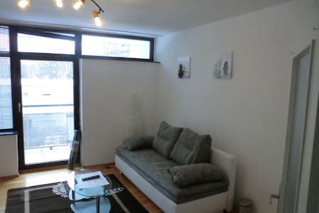 5min to exhibition center - WiFI - Furnished Flat - Nürnberg - Appartement