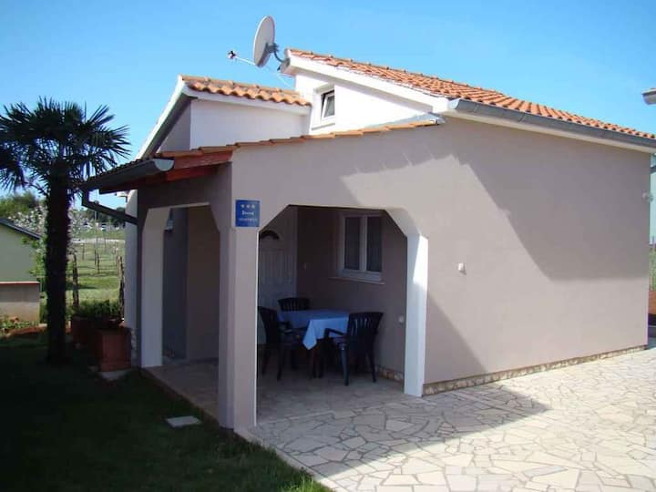 house for 2+2 persons in Pula R73225