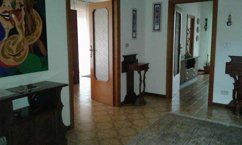 Pescara : Appartamento in Villa con terrazzo - Spoltore - อพาร์ทเมนท์