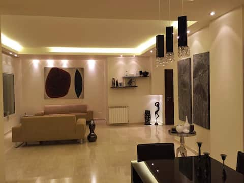 Charming ,Cosy , Beirut ,Hazmieh home with View