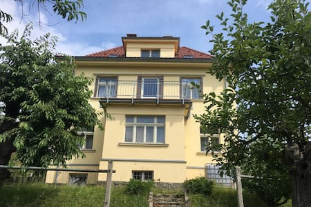 Apartment from the 1930s under the mountains