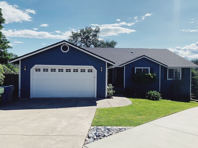 ✸ Legacy House ➨ Close to Bethel & I5 ✸