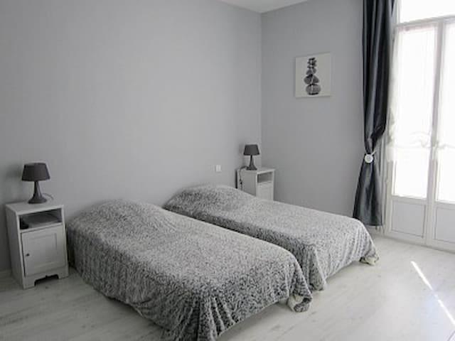 Cannes - Chambres - 2 voyageurs  - superbe villa