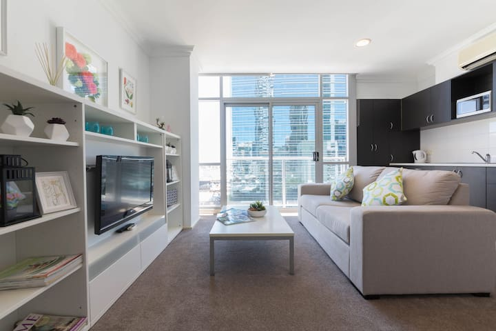 Cozy, elegant apartment central CBD - free WiFi - Perth - Apartment