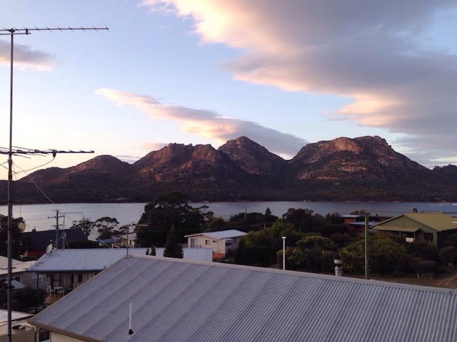 Peakview - actually in Coles Bay!