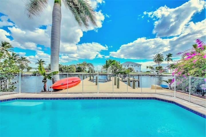 """""""House by the Sea"""" - Matlacha  by Cape Coral"""