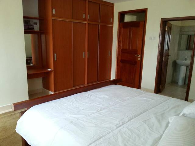 Spring Valley Apartment - Kampala - House