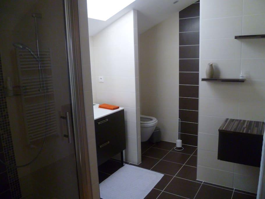Salle de bain+WC