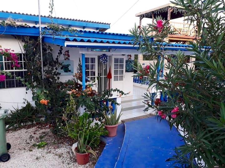 Casa Bienvenida Vlakbij Strand,Huur Auto Erbij $29