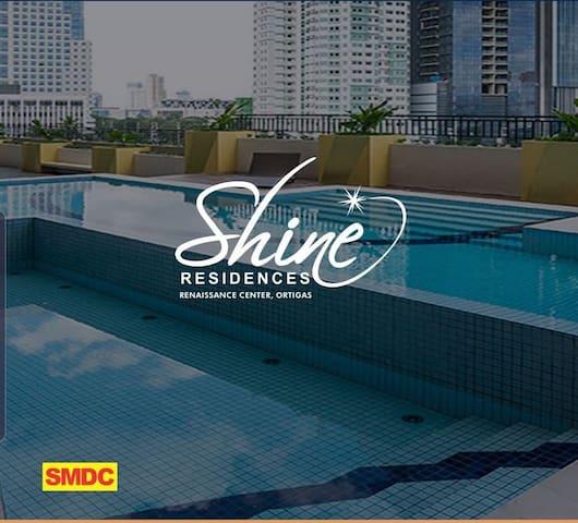Shine Residences Unit # 1051