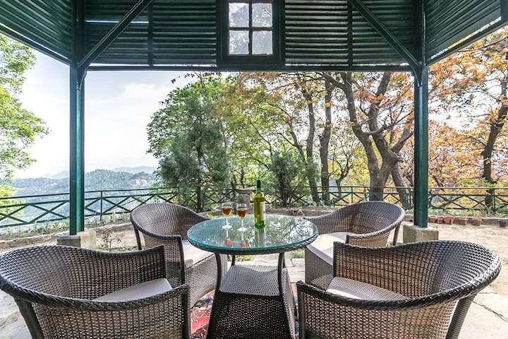 Premium Villa|Private Chef|WiFi|BBQ|View@Kasauli