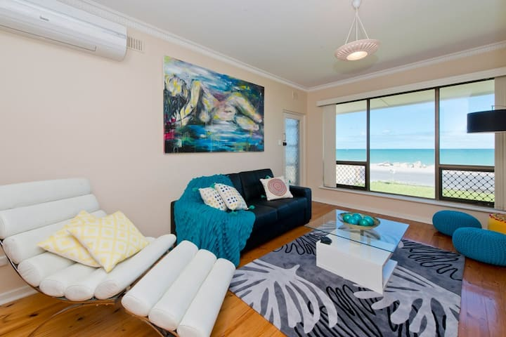 Sea At Your Door Step - Glenelg North - อพาร์ทเมนท์
