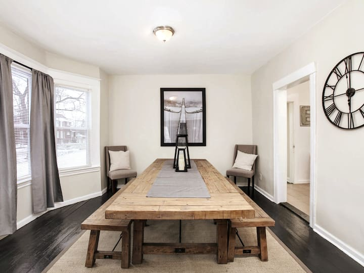 Rustic and Modern Luxury in Detroit's North End