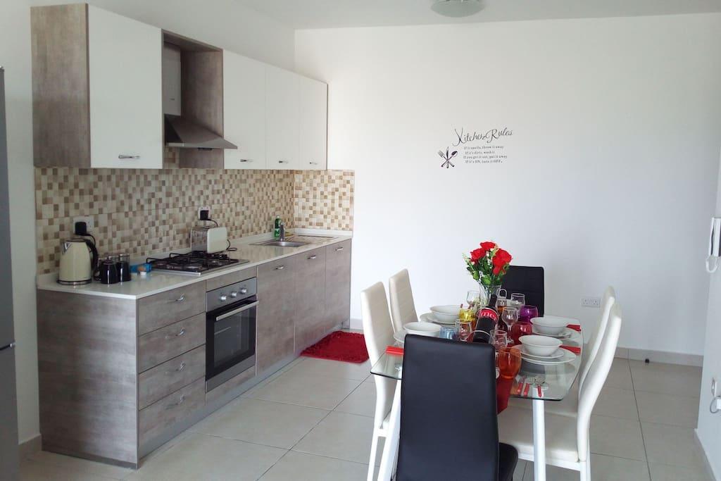 Modern Kitchen .