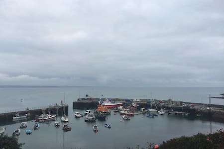 The Rocket House in Ballycotton - Ballycotton - Huis