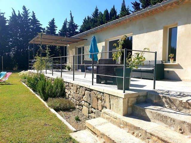 """Spacieuse et agréable Villa """" LA CLE DES CHAMPS """""""