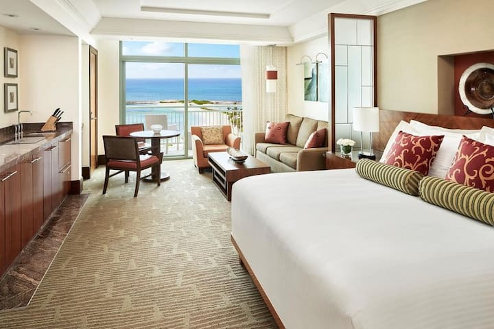 Hotel suite at The Reef at Atlantis Bahamas