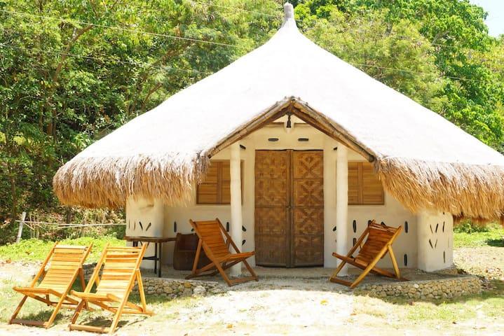 The Mud Huts by Punta Bulata - Cauayan - Dům v zemi