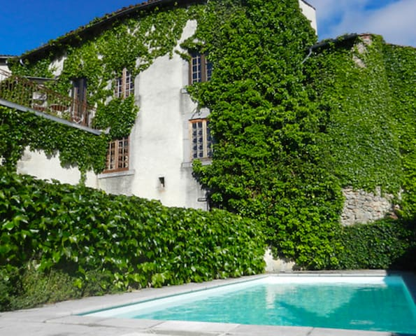 Maison de charme familiale avec piscine