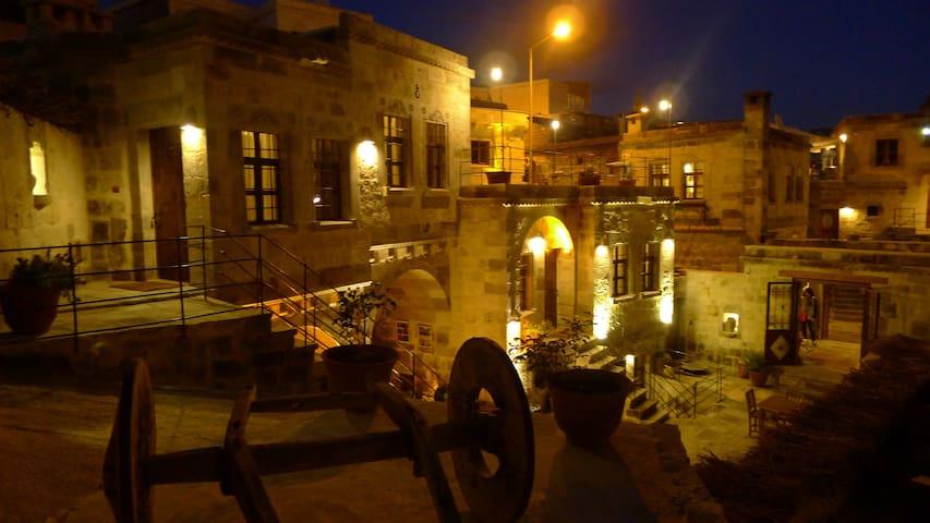 King Cave Hotel(Deluxe Triple Room) - Nevşehir - Grotte