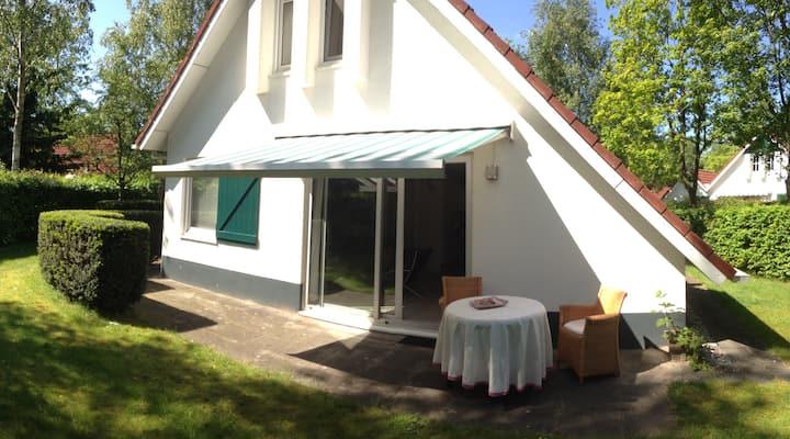Ruim en gezellig Landhuis op landgoed bij Langweer