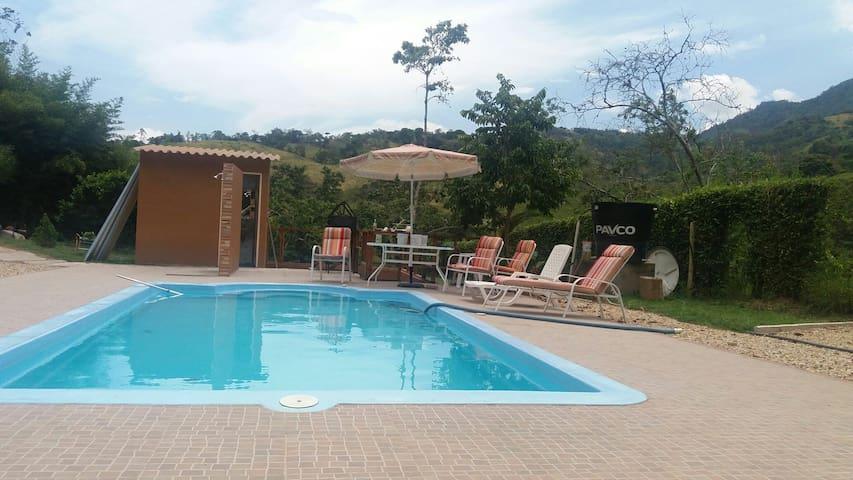 Zona camping, camping grounds. Pool - Nocaima