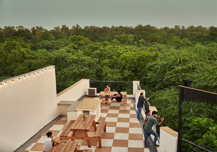 Boutique Hotel. Queen Room. Hauz Khas Village