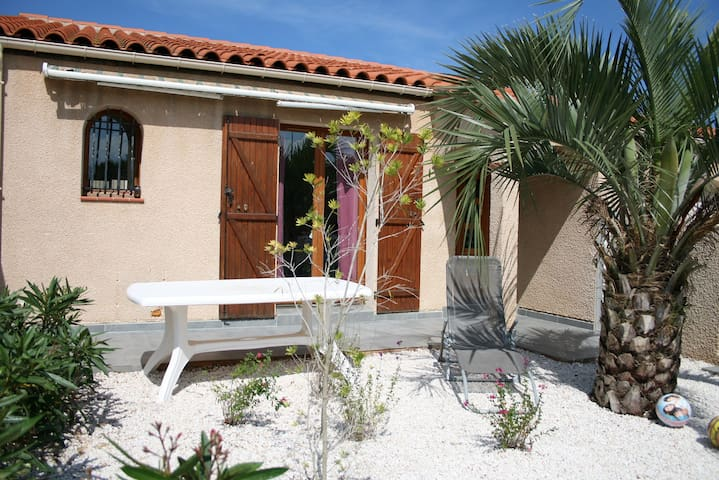 Villa 4/5 pers, plages à 5', jardin, parking - Torreilles - Villa