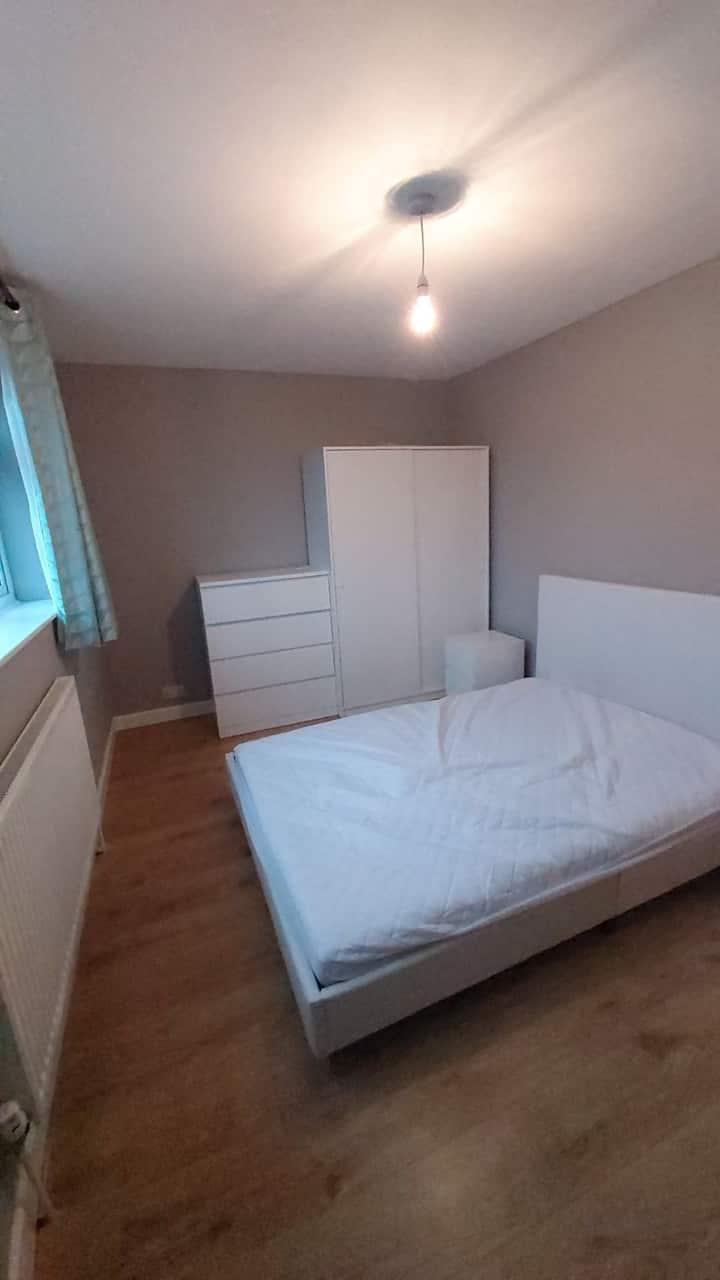 Cosy bedroom in a quiet neighbourhood