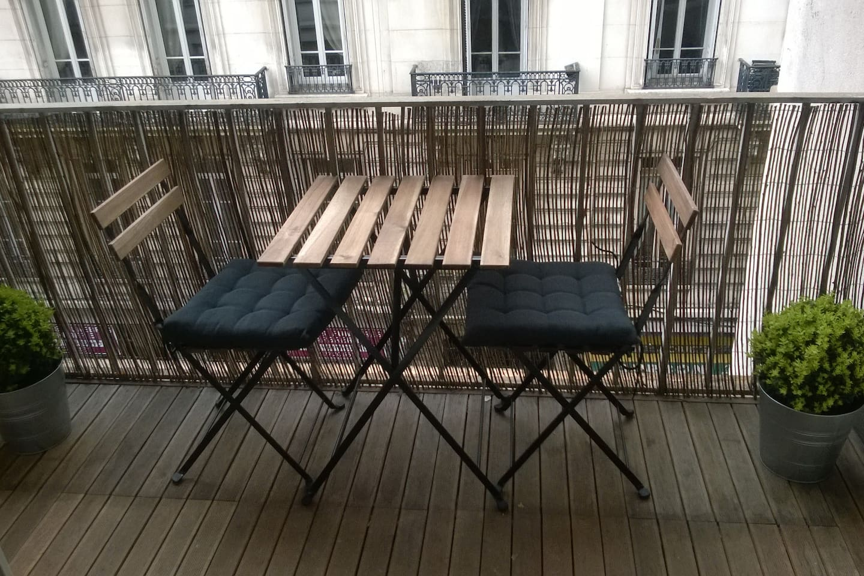 Une terrasse pour se détendre en fin de journée ou pour déjeuner le matin!
