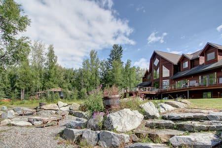 Private Luxury Lakeside Apartment - Big Lake  - Huoneisto