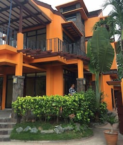 Unfurnished house and lot for rent - 聖羅莎(Santa Rosa) - 獨棟
