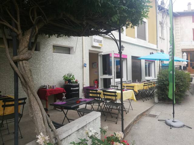 L'Ardèche avec restaurant italien