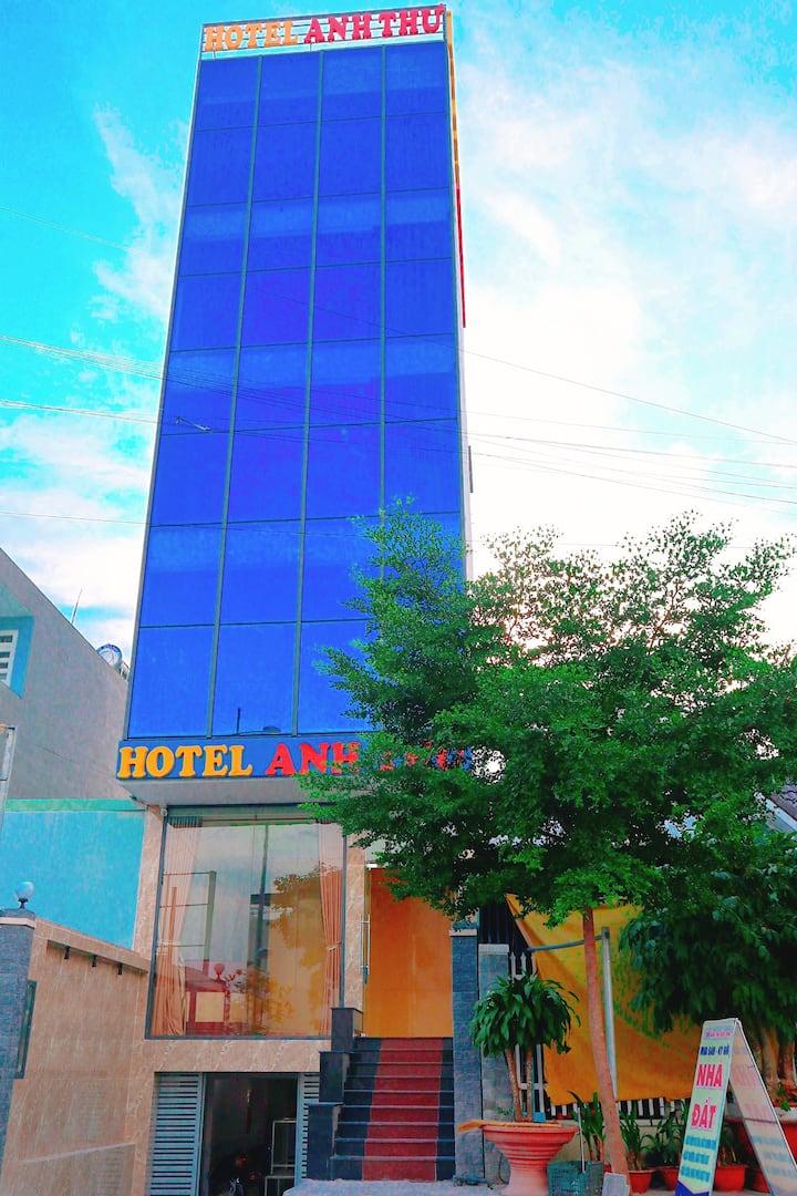 Anh Thư Hotel ,Clean Room, Service 24/24 , Karaoke