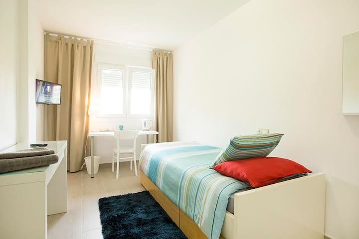 Palma, Near Historic Center with Air Conditioning