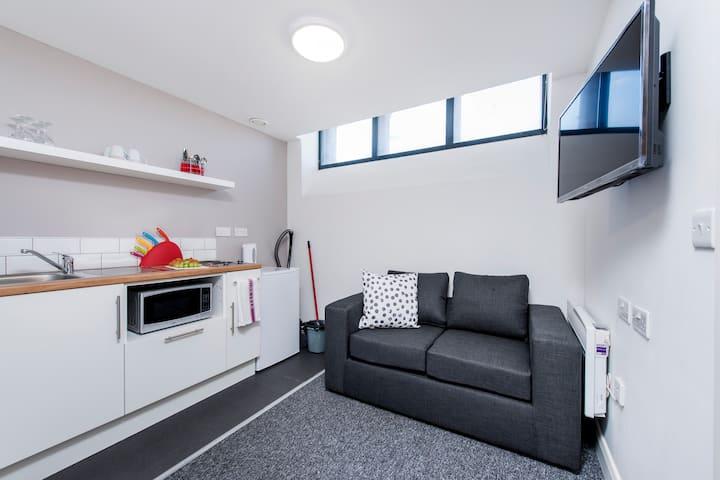 Cosy and Comfortable Studio Apartment