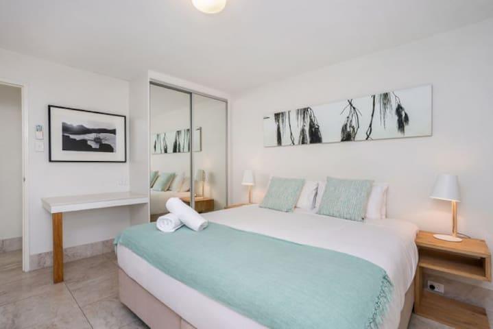 2 Bedroom Standard - Main Bedroom