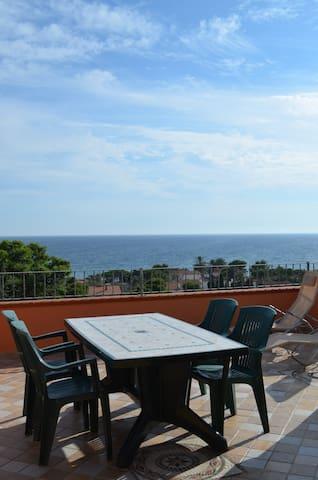 terrazza sul golfo degli angeli - Quartu Sant'Elena - Daire