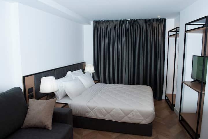 Prime Hotel Room 103