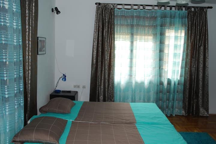 Ozon2, apartment with mountain view
