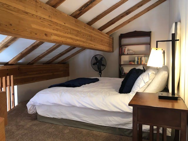 The Loft (and King Bed)!