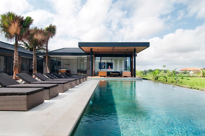Stunning 4BR amidst ricefields