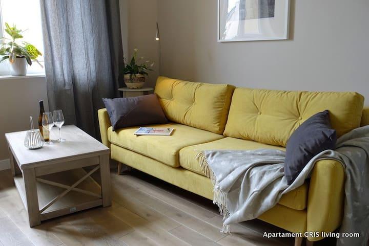 GRIS - beautiful, quiet apartment w/ Air-condition