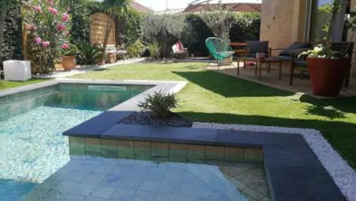 Maison de famille individuelle  avec piscine
